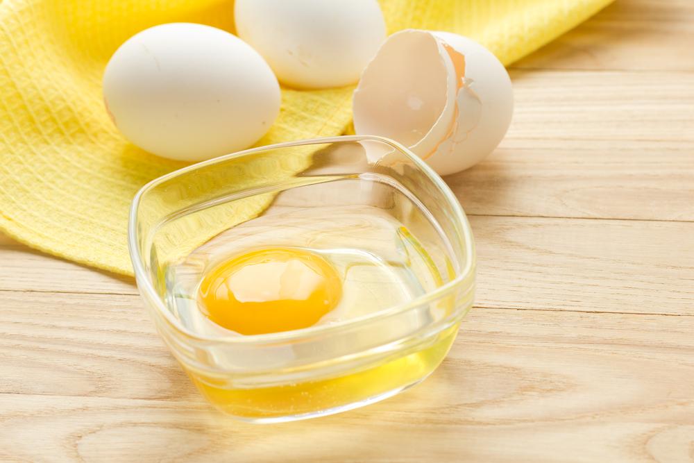 маска с яйцом